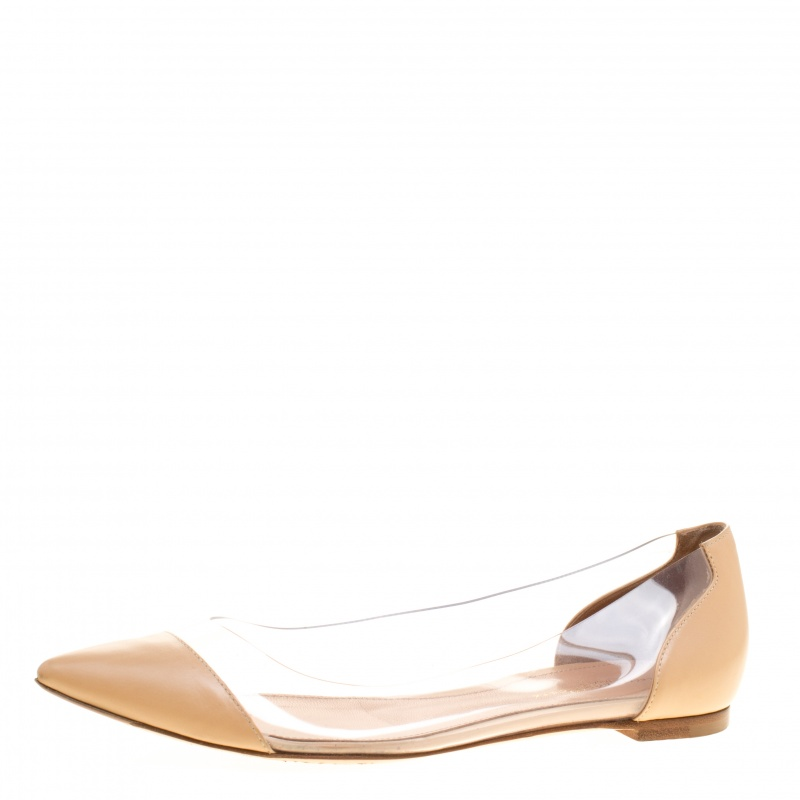 79d8a0a1b36 Buy Gianvito Rossi Beige Leather and PVC Plexi Ballet Flats Size 38 ...