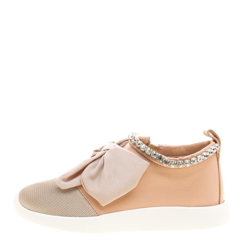 Купить со скидкой Giuseppe Zanotti Blush Pink Leather and Mesh Panel Bow Crystal Trim Sneakers Size 36