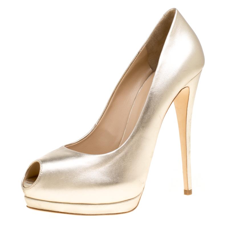 2d0c4fea192 ... Giuseppe Zanotti Metallic Dull Gold Leather Peep Toe Platform Pumps  Size 40. nextprev. prevnext