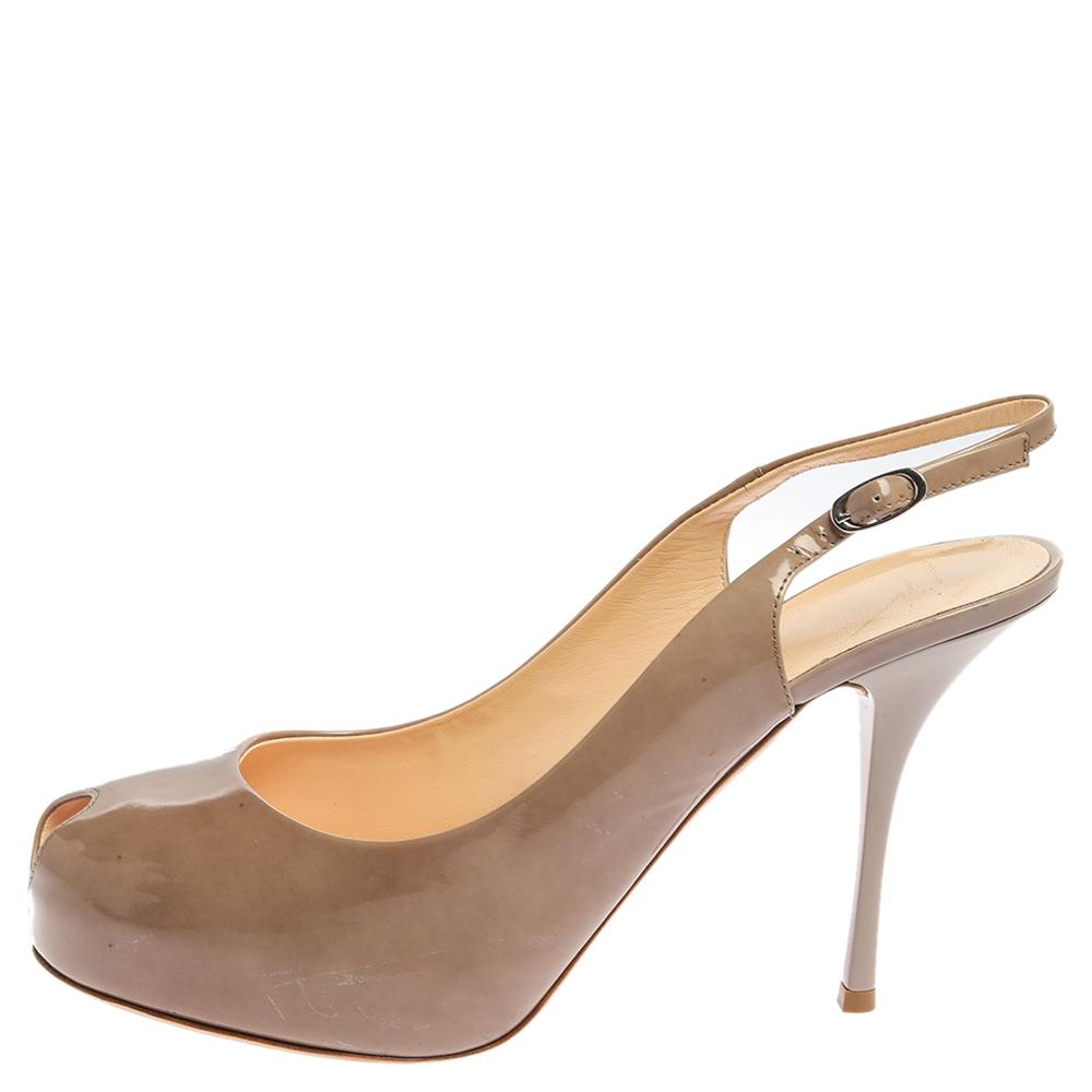 Giuseppe Zanotti Beige Patent Leather Slingback Peep Toe Platform Sandals Size 41  - buy with discount
