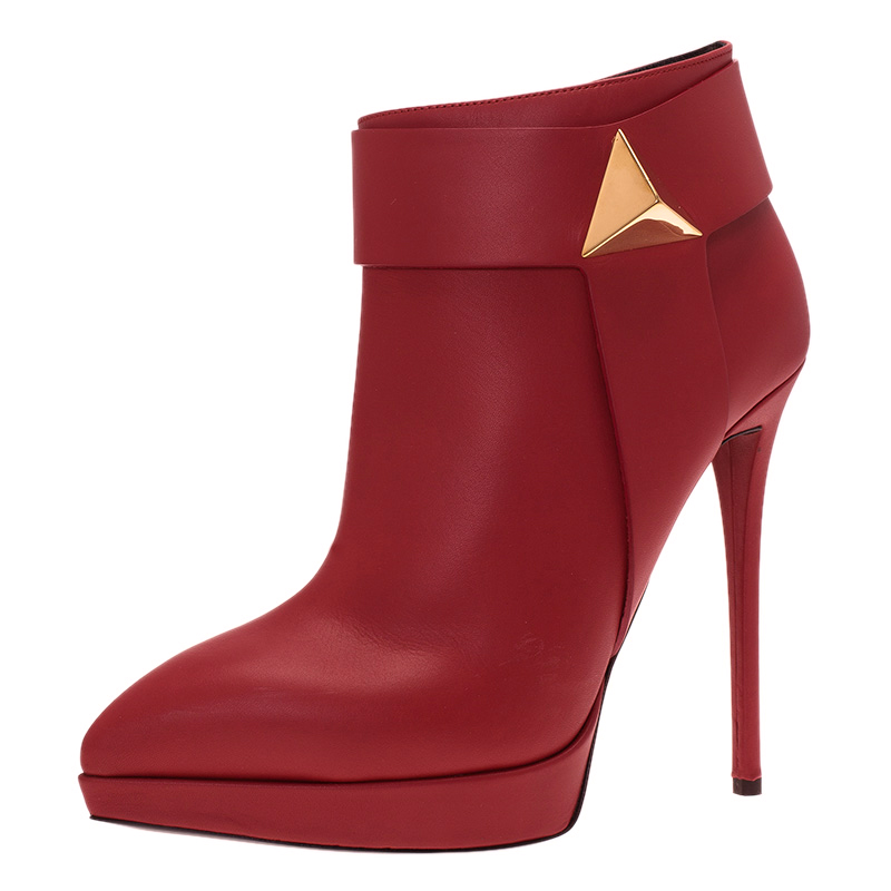 742b7a20603a9 Buy Giuseppe Zanotti Red Leather Pyramid Stud Platform Ankle Boots ...