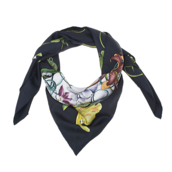 5dc846201aa Gucci Black and White Silk Floral Square Scarf