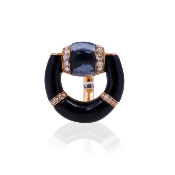 3a04a2bcb ... Gucci 18 K Rose Gold Diamond Horsebit Black Onyx Ring Size 52.  nextprev. prevnext