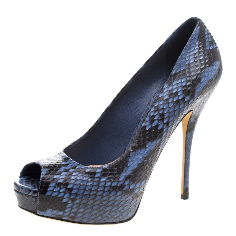 480d5a08219d Buy Gucci Two Tone Python Leather Peep Toe Platform Pumps Size 39 114058 at  best price