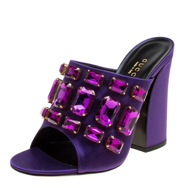 a174ae7c0 Buy Gucci Purple Satin Tessa Crystal Embellished Peep Toe Slide ...