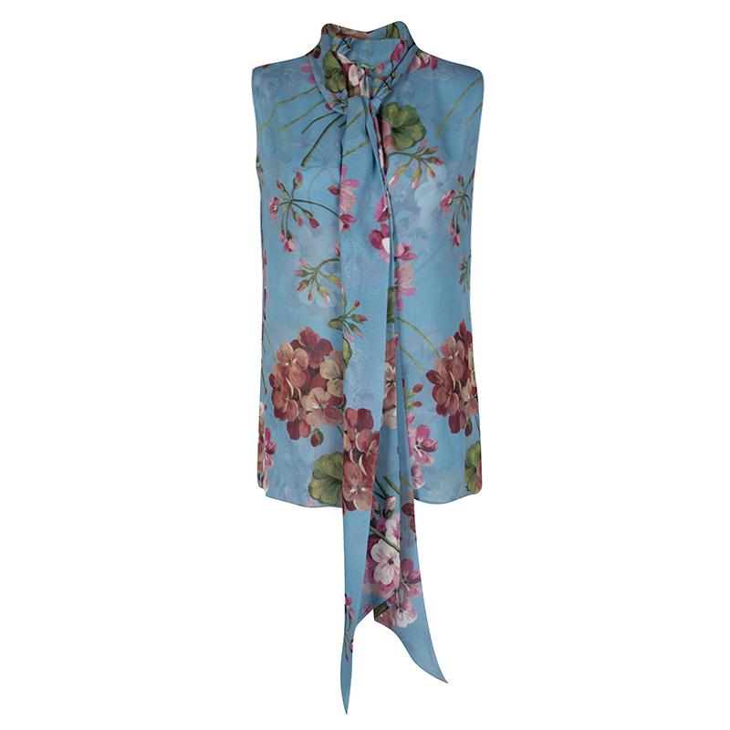 5d414e8cd5fe ... Gucci Blue Floral Printed Silk Tie Detail Sleeveless Top M. nextprev.  prevnext