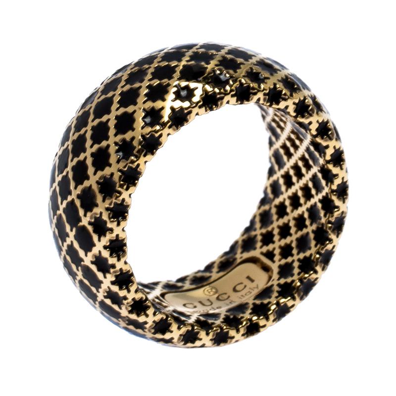 خاتم غوتشي ذهب أصفر إيناميل أسود ديامانتيسيما مقاس 50.5