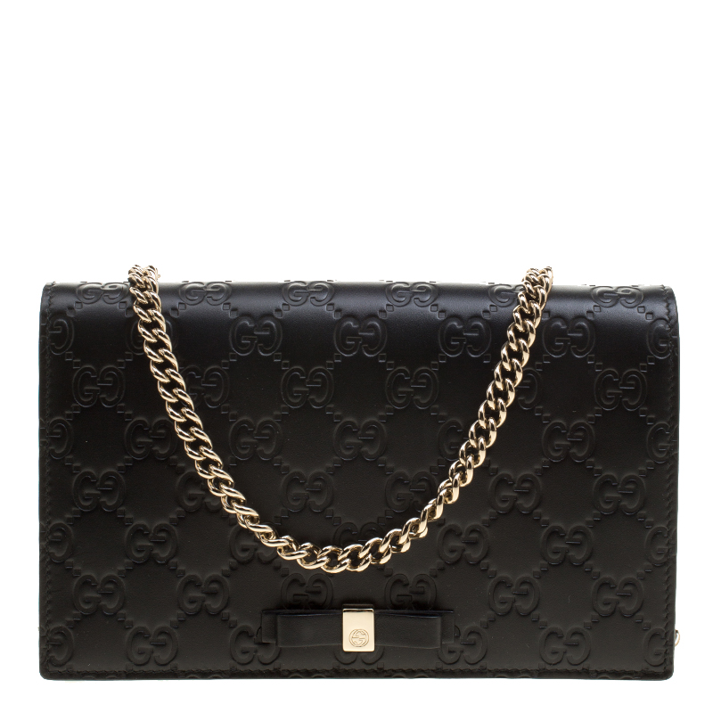 d0dfc65b8 Buy Gucci Black Guccissima Leather Mini Signature Wallet on Chain ...