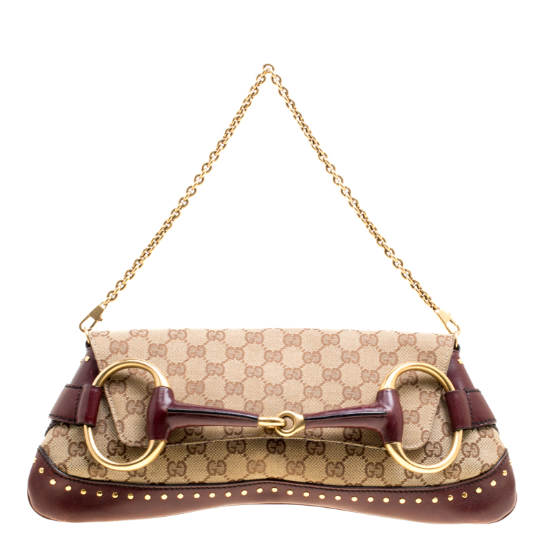 Купить со скидкой Gucci Beige/Burgundy GG Canvas and Leather Horsebit Studded Chain Clutch