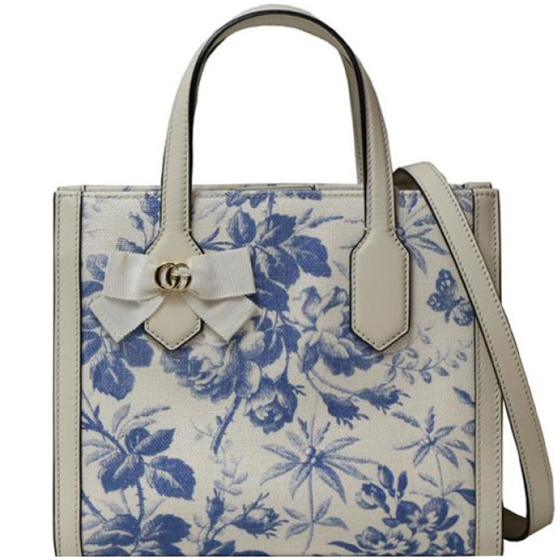21ab6bf273edd8 ... Gucci Blue/White Floral Print Canvas and Leather Bow Tote. nextprev.  prevnext
