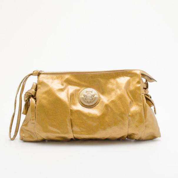 647e463c149 Buy Gucci Gold Metallic Patent Hysteria Clutch 35286 at best price