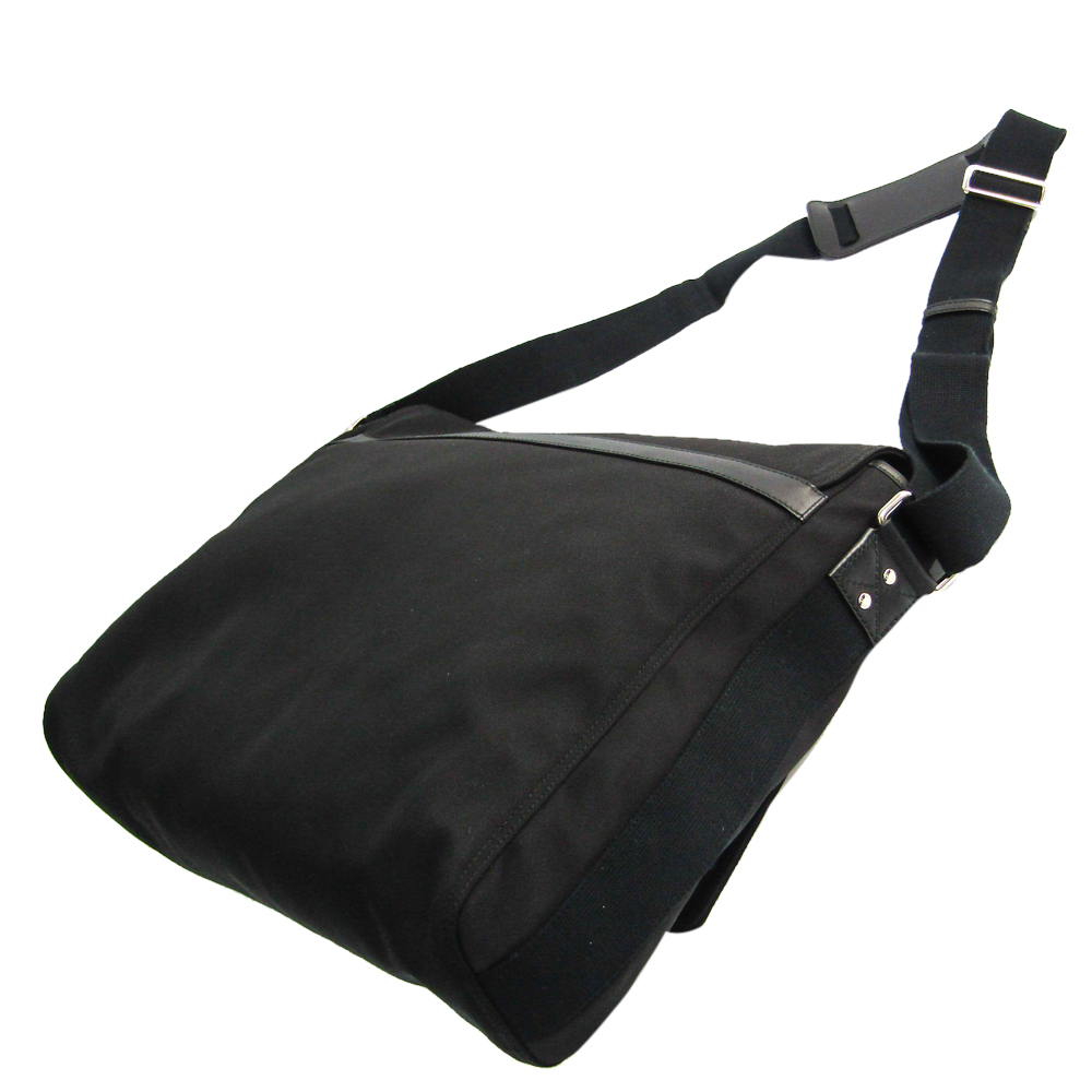 Gucci Black Nylon Canvas Messenger Bag  - buy with discount