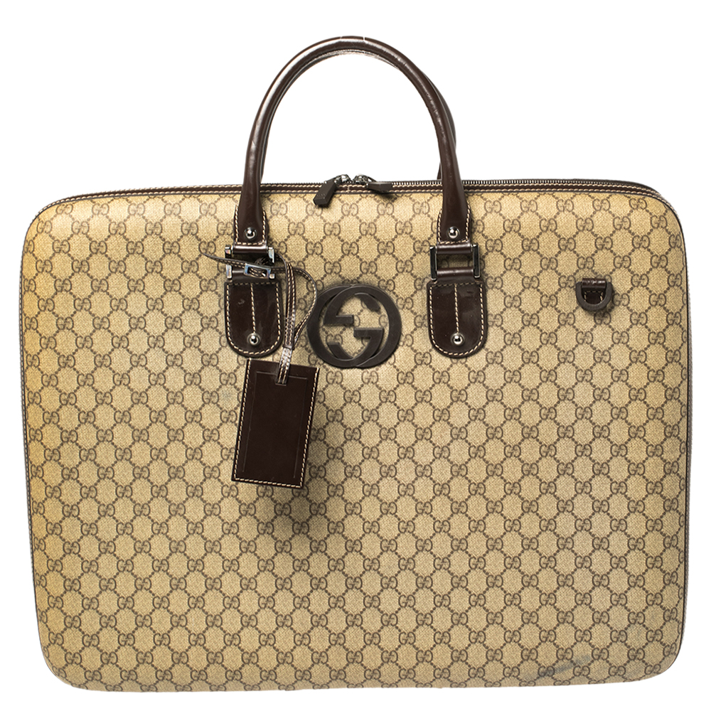 Pre-owned Gucci Gg Supreme Interlocking G Garment Hard Case Travel Bag In Brown
