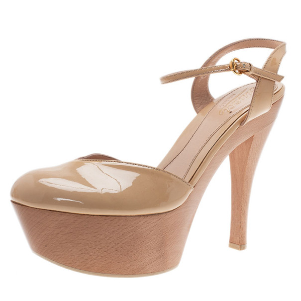 28aa5f6fd56 ... Gucci Nude Patent Leather Ankle Strap Platform Sandals Size 39.5.  nextprev. prevnext
