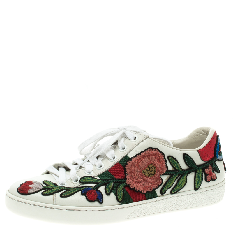 f3d735fa413 ... Gucci White Leather Embroidered Ace Low Top Sneakers Size 36. nextprev.  prevnext