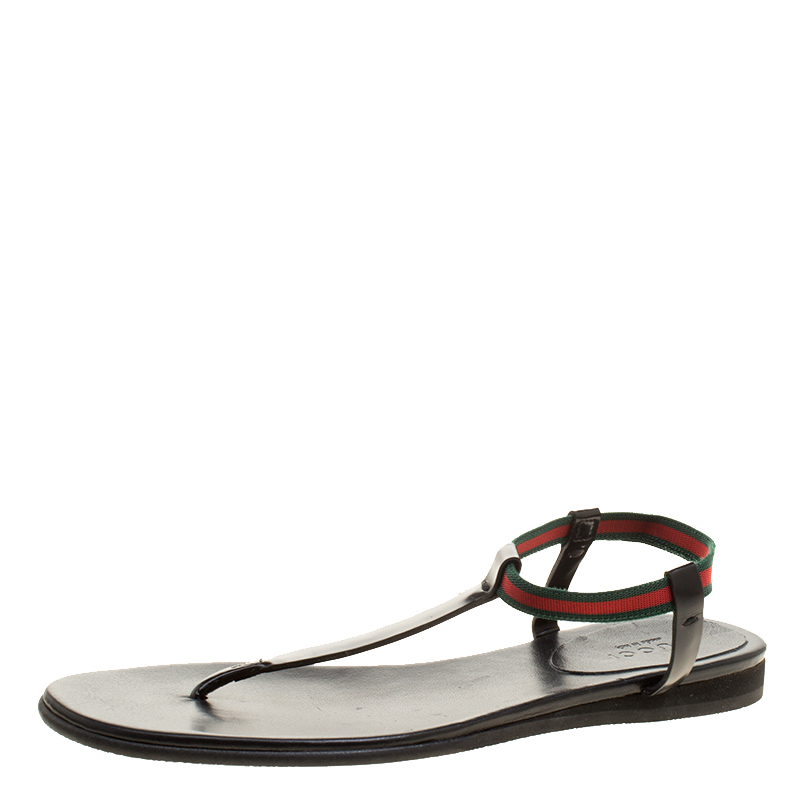 97bc54722 Buy Gucci Black Leather Web Areia Thong Sandals Size 35 132997 at ...