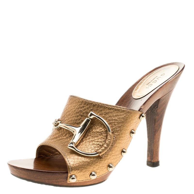 bbe4585582c4 Buy Gucci Gold Leather Horsebit Mules Slides Sandals Size 37 135836 ...