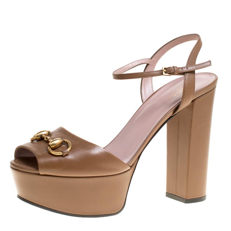 d5935d0745c2 ... Gucci Light Brown Leather Claudie Horsebit Peep Toe Platform Sandals  Size 39. nextprev. prevnext