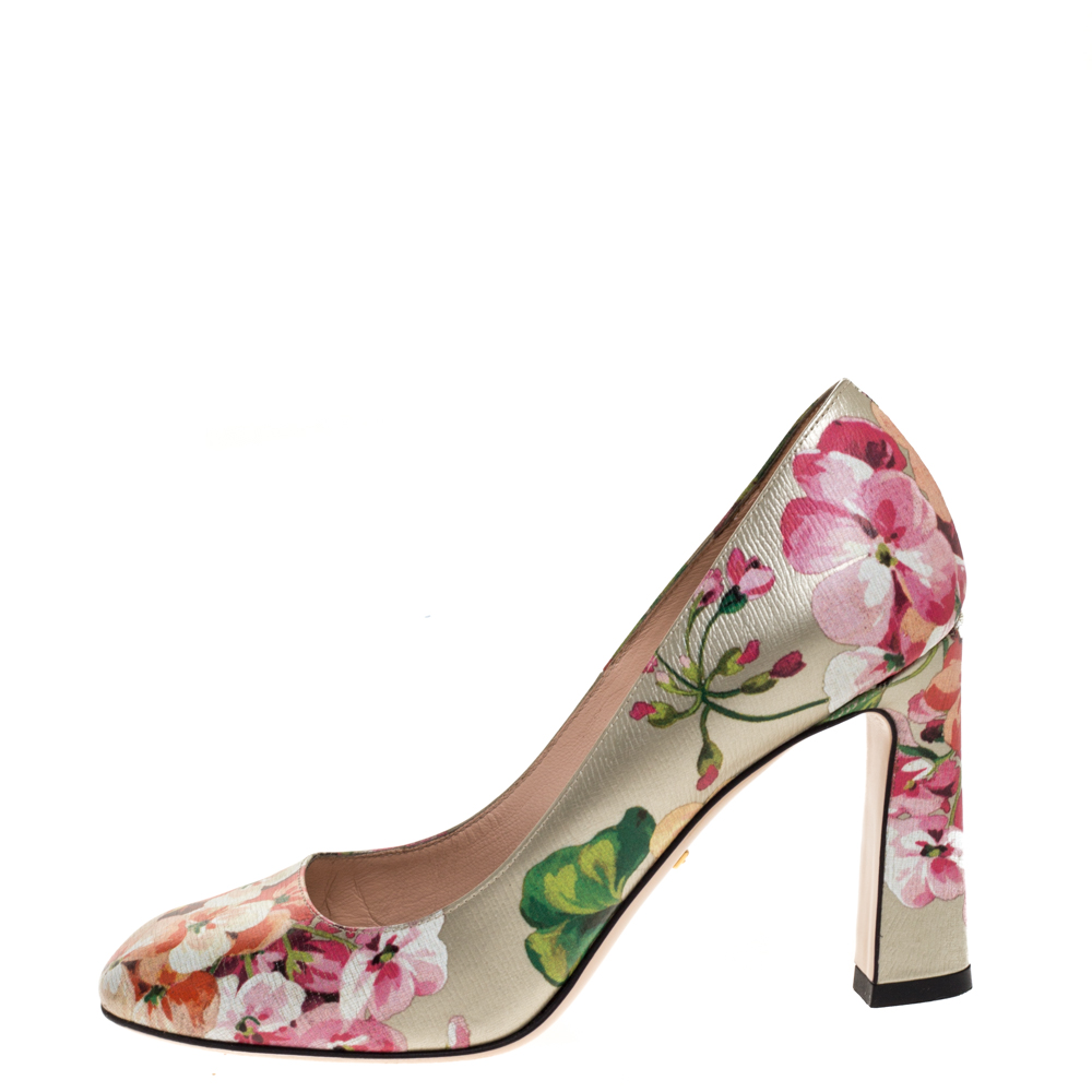 Gucci Multicolor Floral Printed Leather GG Supreme Blooms Pumps Size 36