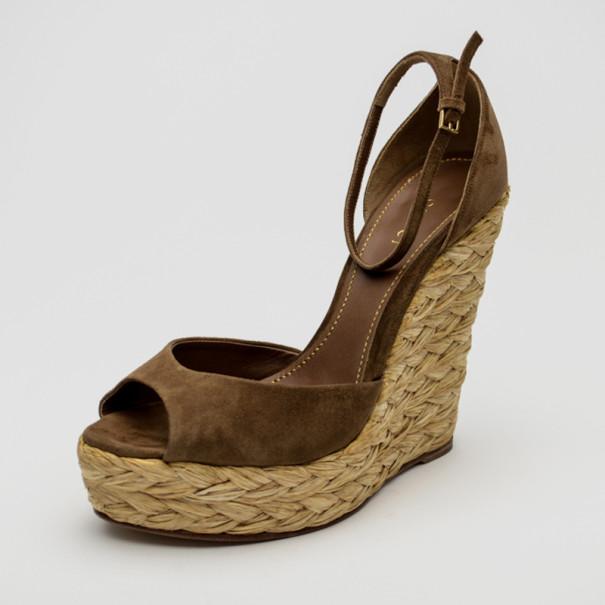 7ca3de73d3a ... Gucci Brown Suede Woven Jute Peep Toe Platform Wedge Sandals Size 39.  nextprev. prevnext