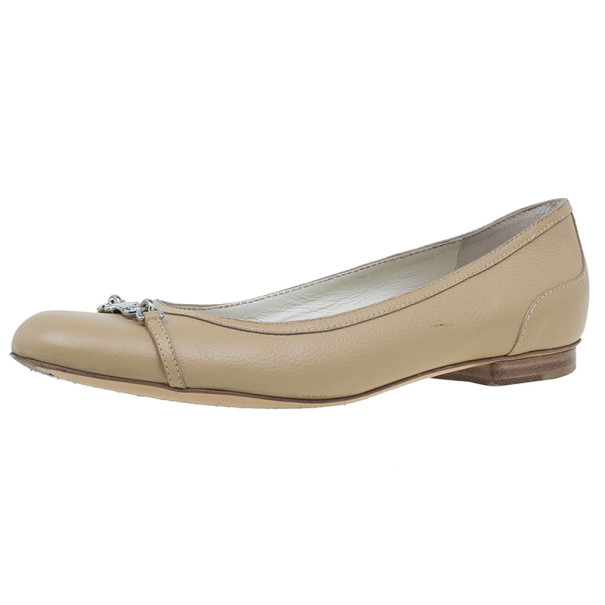bb2a86f2c Buy Gucci Beige Leather Ballet Flats Size 38.5 5479 at best price