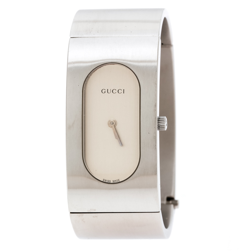 fc991ede369 ... Gucci Silver Stainless Steel Vintage 2400L Women s Wristwatch 22 mm.  nextprev. prevnext