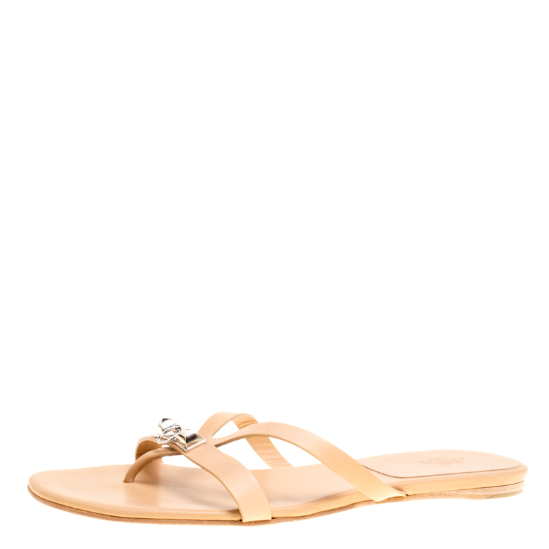 6a8277f95 Buy Hermes Beige Leather Corfu Thong Sandals Size 41 149591 at best ...