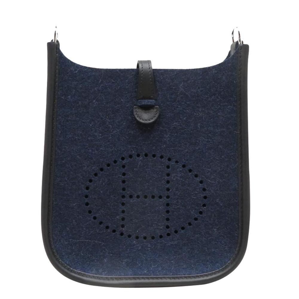 Pre-owned Hermes Black/blue Felt Leather Evelyne Tpm Shoulder Bag