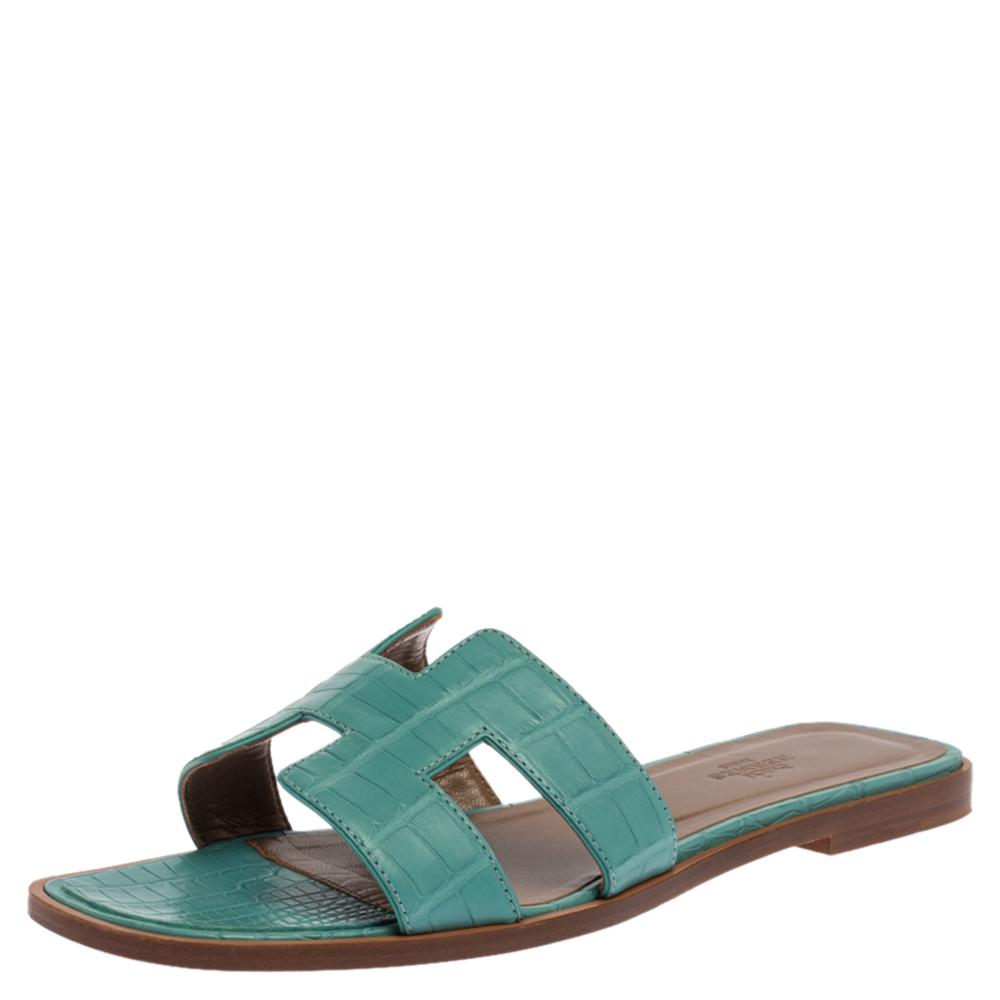 Hermes Light Blue Matt Crocodile Oran Flat Sandals Size 39