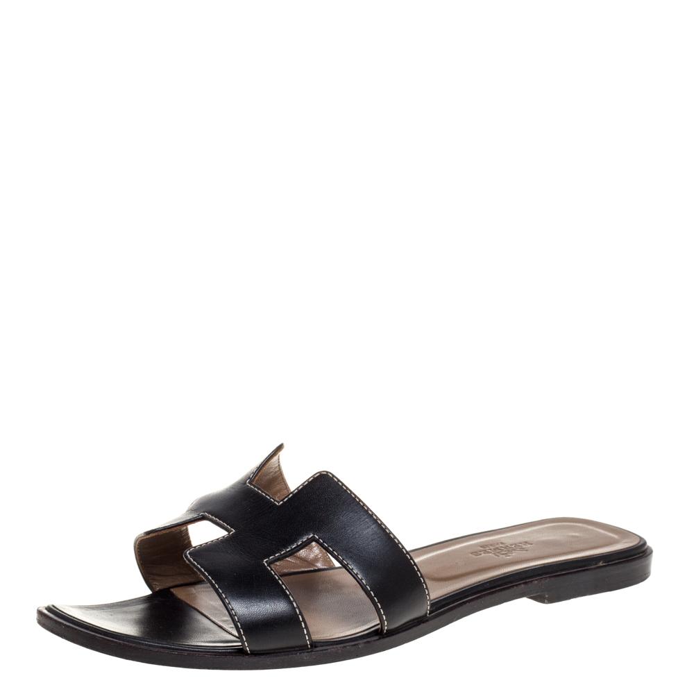 Hermes Black Leather Oran Flat Sandals Size 38.5