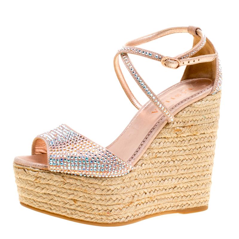 Купить со скидкой Le Silla Light Pink Crystal Embellished Suede Espadrille Wedge Ankle Strap Sandals Size 35.5
