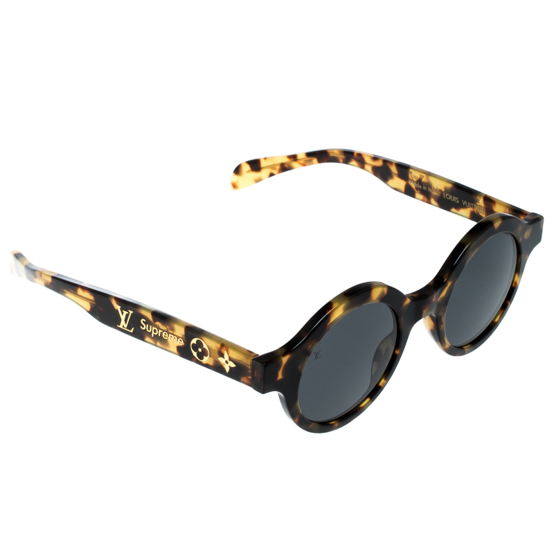 fa9b075f7da07 ... Louis Vuitton x Supreme Brown   Black Z0990W Downtown Round Sunglasses.  nextprev. prevnext