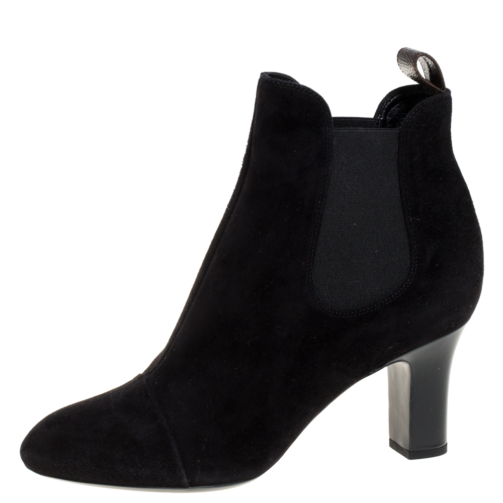 Pre-owned Louis Vuitton Black Suede Leather Ankle Booties Size 38.5