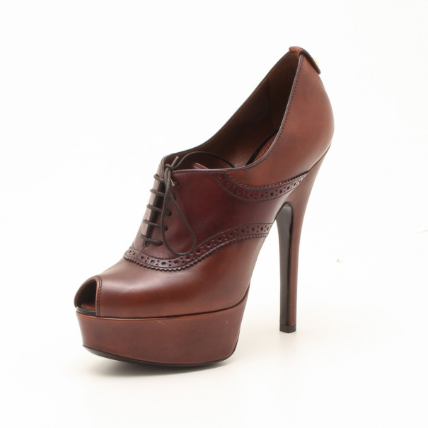 Louis Vuitton Brown Leather Lace Pumps Size 37
