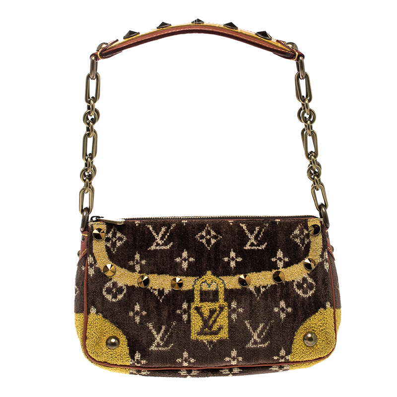 9de132170423 ... Louis Vuitton Brown Yellow Velvet Limited Edition Trompe L oeil  Pochette Accessories Bag. nextprev. prevnext