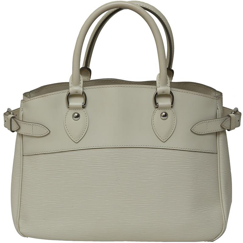 76c5e56b3dd ... Louis Vuitton White Epi Leather Passy PM Bag. nextprev. prevnext