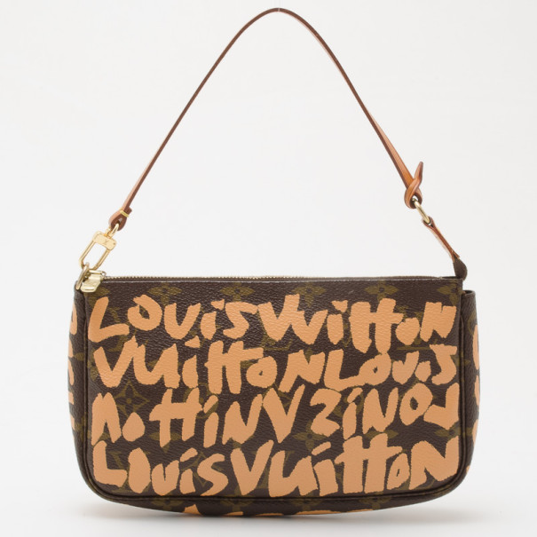 c68e6d230664 ... Louis Vuitton Sprouse Graffiti Pochette Accessoires. nextprev. prevnext