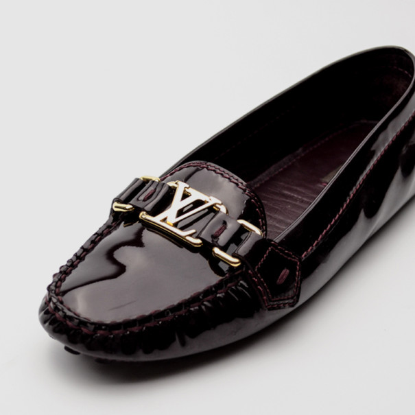 Louis Vuitton Burgundy Patent Leather Oxford Loafers Size 38 Louis