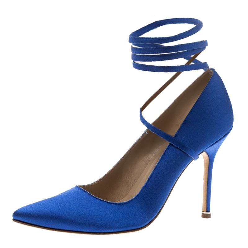 2c80d4183ed23 Buy Vetements + Manolo Blahnik Blue Satin Pointed Toe Ankle Tie ...