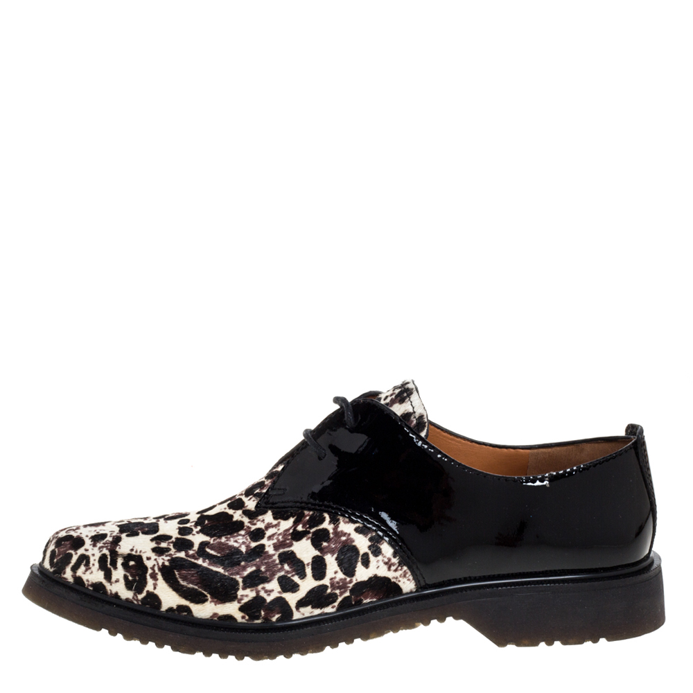 Marc Jacobs Black Patent Leather And Pony Hair Lace Up Derby Size 40