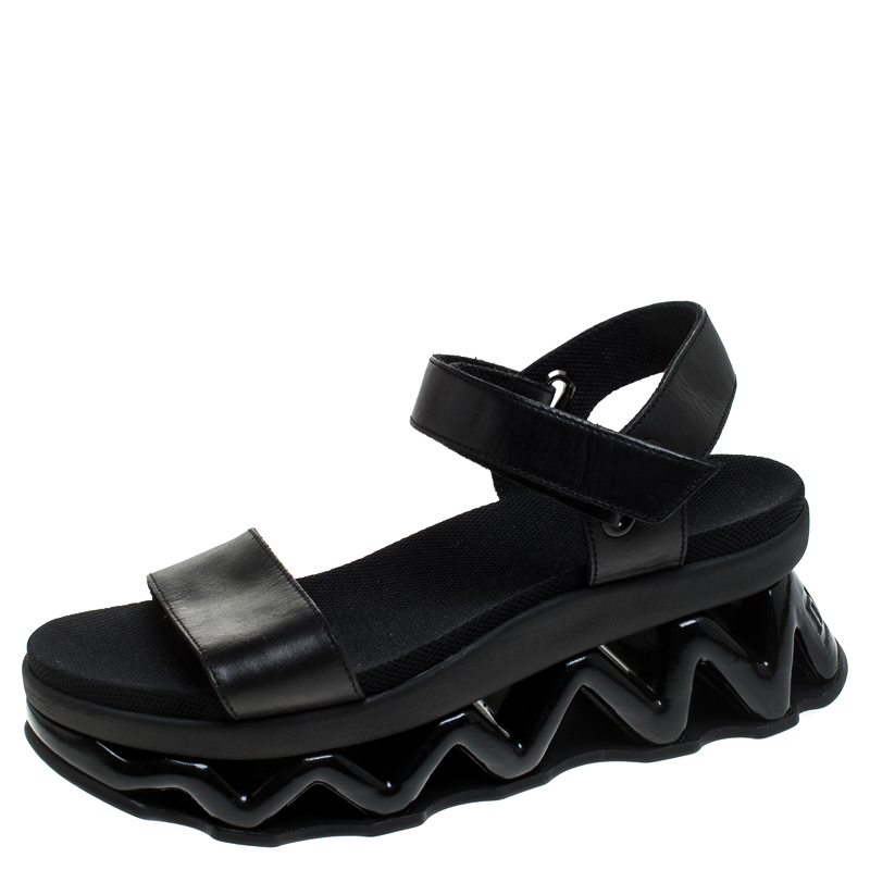 Marc by Marc Jacobs Black Leather Zigzag Platform Ankle Strap Sandals Size 38