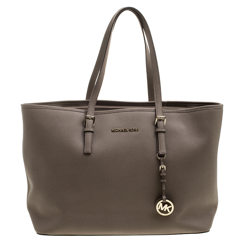 fa68bc1104ca Buy Michael Kors Khaki Leather Jet Set Tote 130839 at best price | TLC