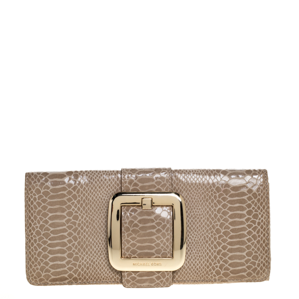 Pre-owned Michael Kors Michael  Light Olive Python Effect Leather Sutton Clutch In Green