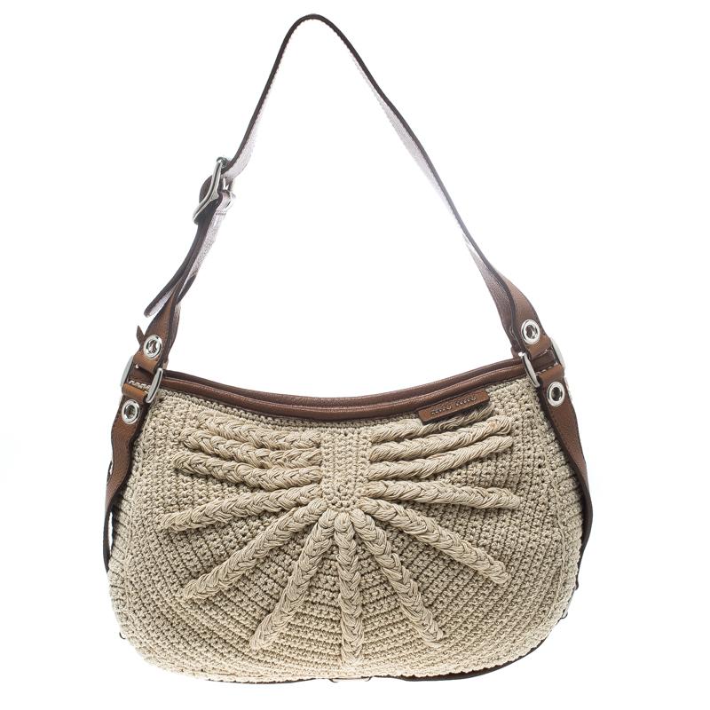 Купить со скидкой Miu Miu Beige/Brown Crochet Fabric and Leather Hobo