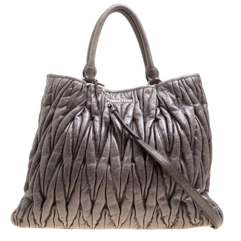 Buy Miu Miu Dark Grey Glazed Matelasse Leather Tote 157915 at best ...