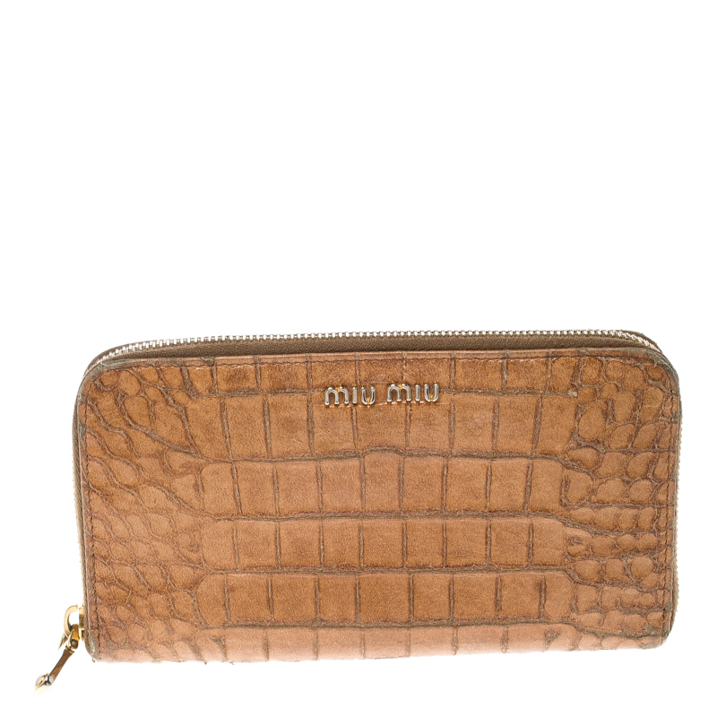 ... Patent Leather Crossbody Bag  new appearance 2b5e1 5270d ... Miu Miu  Brown Croc Embossed Leather Zip Around Wallet ... c2deb299d8