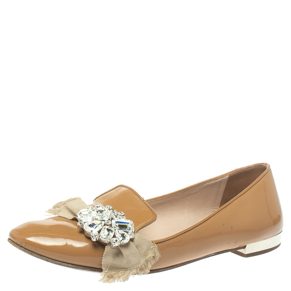 Pre-owned Miu Miu Beige Patent Leather Crystal Embellished Ballet Flats Size 38