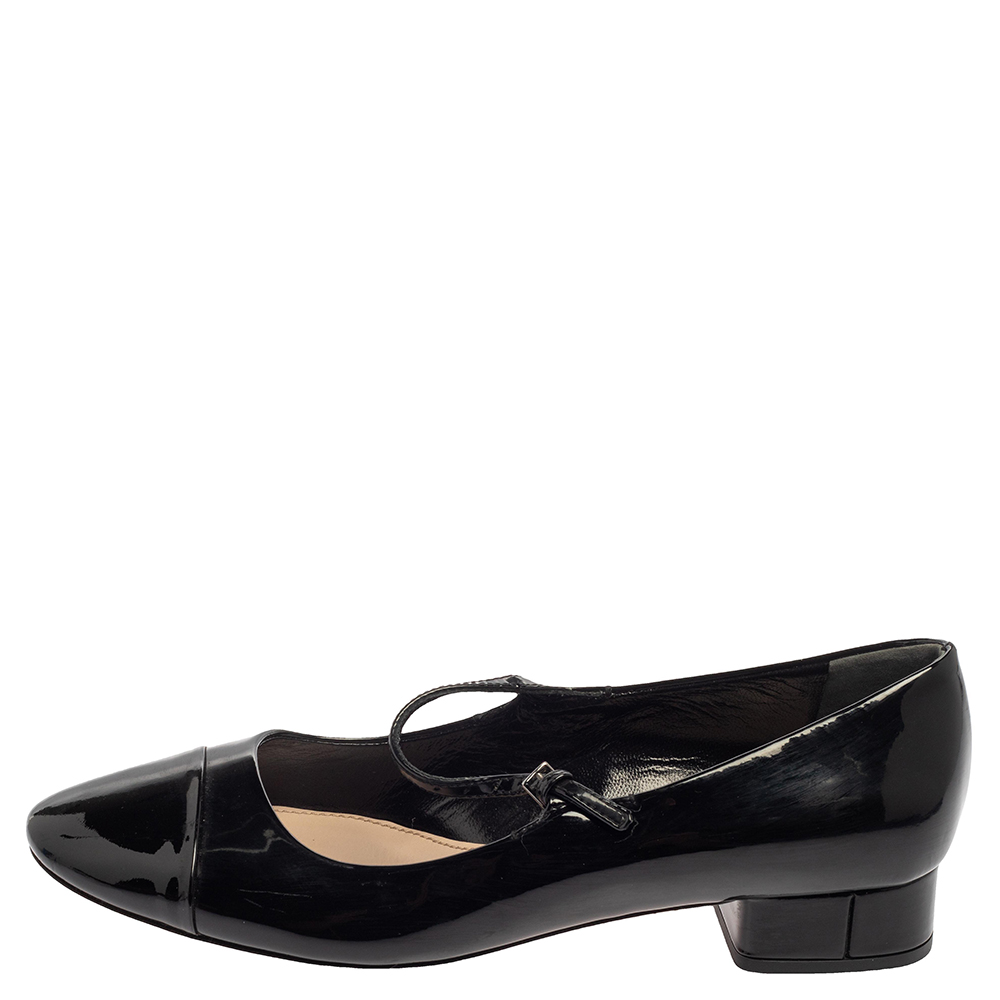 Miu Miu Black Patent Leather Cap Tor Mary Jane Ballet Flats Size 35.5