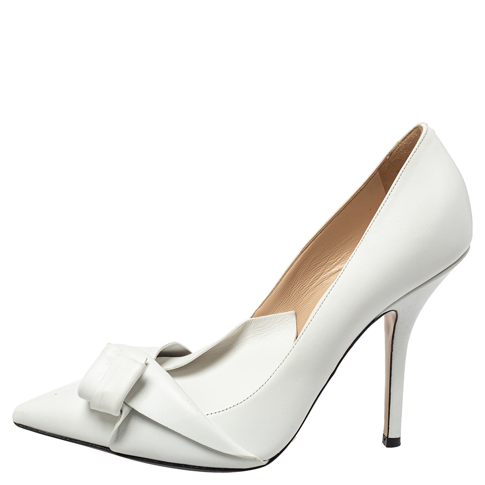 Nº21 White Leather Knot Pointed Toe Pumps Size 40