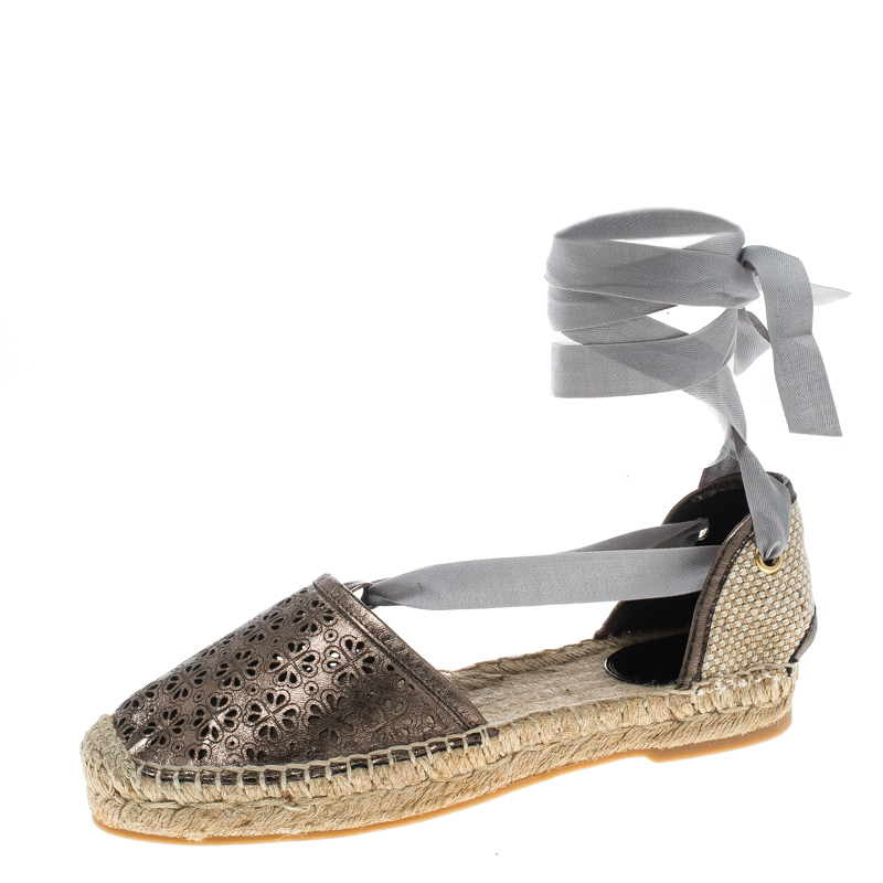d98226d24 ... Oscar de la Renta Metallic Anthracite Laser Cut Leather Adriana  Espadrille Flat Sandals Size 40. nextprev. prevnext